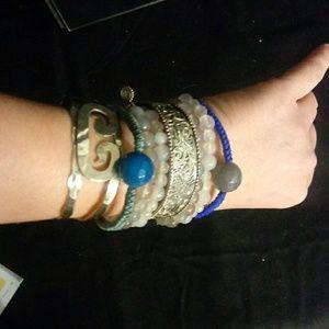 NWT Retired Sara Blaine Grey agate bracelet